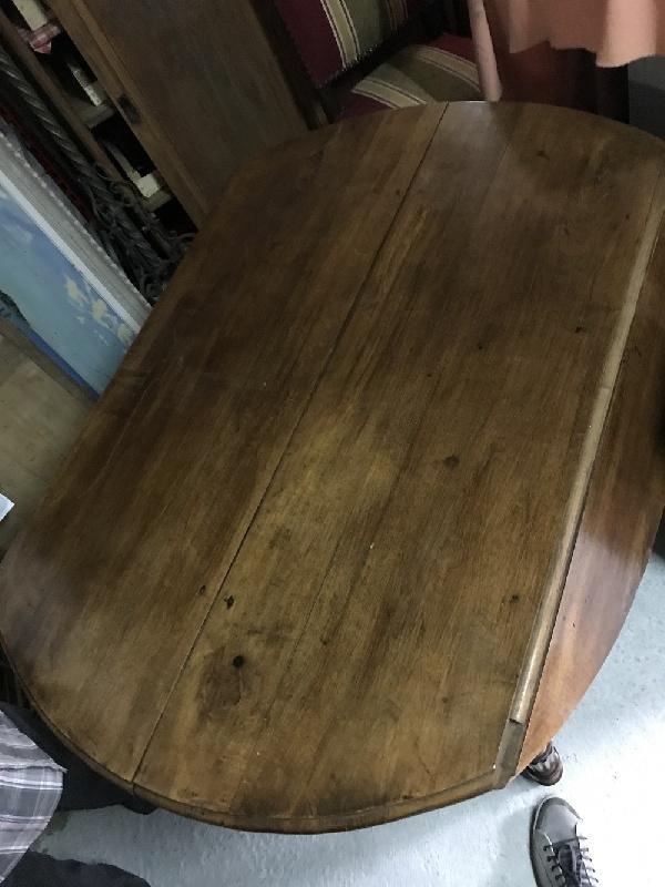 TABLE Ronde 6 Pieds en Noyer